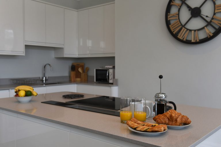 Dartside Holidays The Angel Kitchen Accommodation Property Dartmouth
