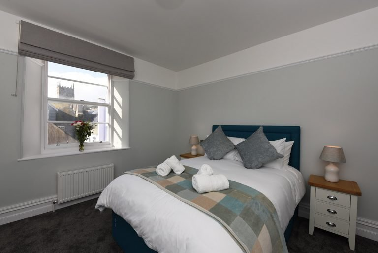 Dartside Holidays The Angel Bedroom Accommodation Property Dartmouth